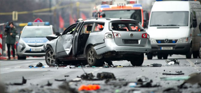Berlin'de Mafya hesaplaşması  patlayan aracın şoförü Türk çıktı
