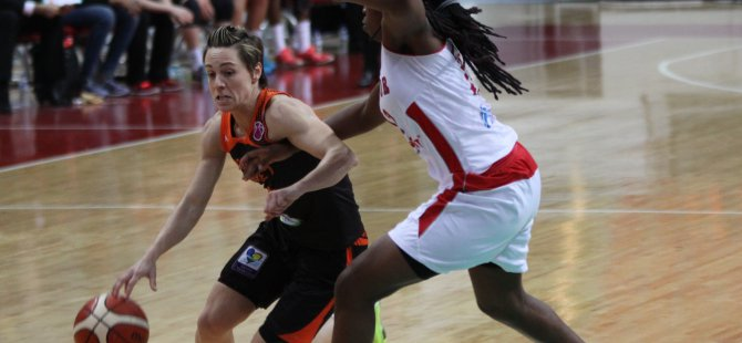 KADINLAR FIBA EUROCUP YARI FİNAL AGÜ KAYBETTİ