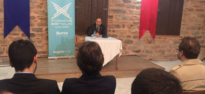 Karayel'in Yeni Anayasa ve Gençlik konferansları