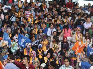 Kayseri'de AK Parti'den Gençlik Şöleni