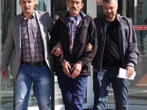 """KARISINI 20 BALTA DARBESİYLE ÖLDÜREN KOCA: """"HAK ETMİŞTİ"""""""