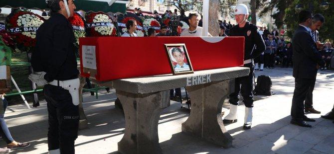 Danacı,memleketi Kayseri'de son yolculuğuna uğurlandı