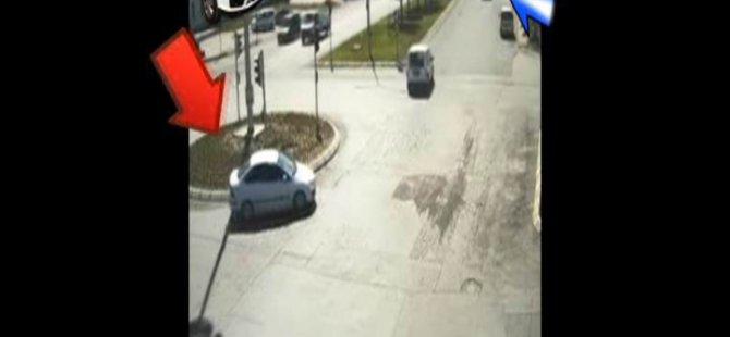 Kayseri'de bir araçtan sinyal kesici yöntemiyle hırsızlık