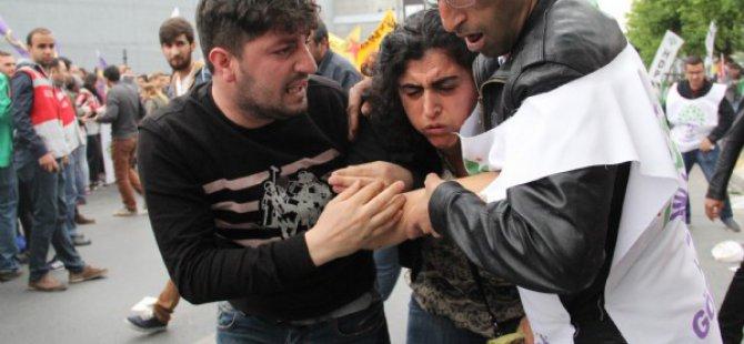 Öcalan posteriyle alana girmek isteyen HDP'li gruba müdahale