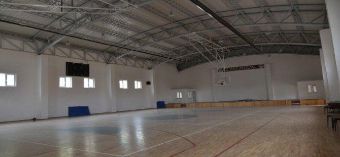 Melikgazi Belediyesi'nden Hem Eğitime Hem Spora Yatırım