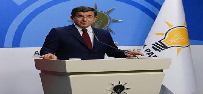 Başbakan Davutoğlu: Cumhurbaşkanımızın onuru benim onurum
