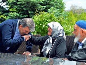 En çok da Sayın Abdullah Gül'e ayıp