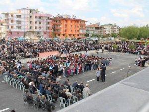 YEŞİLHİSAR'DA BİNLERCE EL SEMAYA AÇILDI