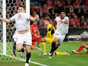UEFA Avrupa Ligi'nde Kupanın sahibi Sevilla