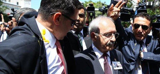 Kemal Kılıçdaroğlu'na şehit cenazesinde yumurtalı protesto