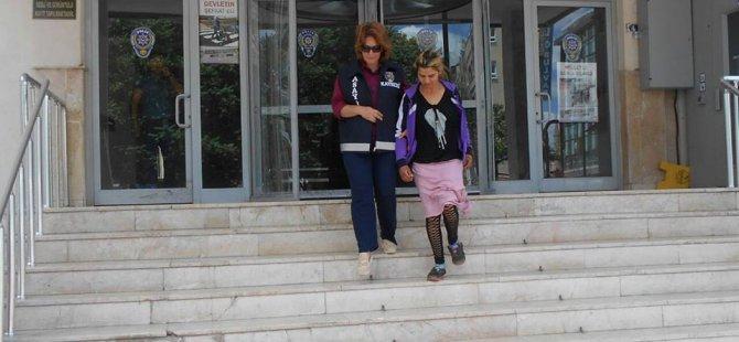 KAYSERİ'DE AŞK VAADİYLE OTOSTOP YAPAN KADINLAR
