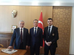 KAYSERİ ESDER'DEN VALİ KAMÇI'YA ZİYARET