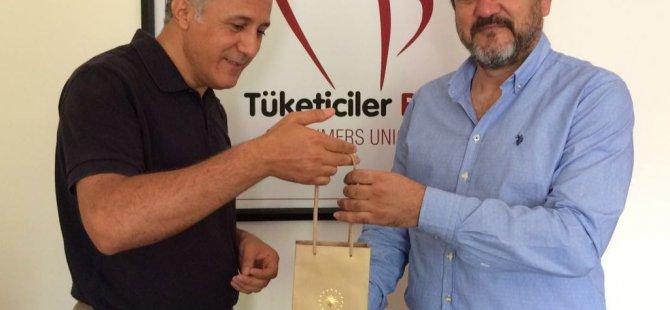 Cumhurbaşkanı Erdoğan'ın kalemini satın alan Kayserili iş adamı