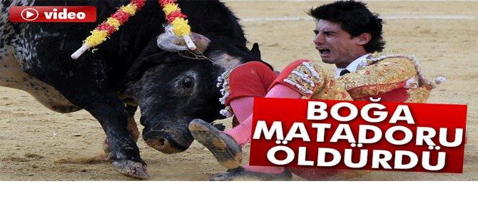 Boğa matadoru öldürdü-VİDEO