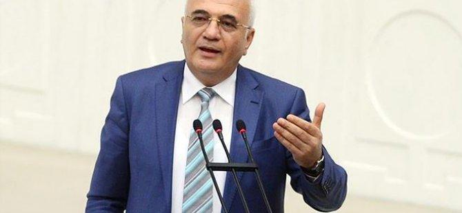 Mustafa Elitaş: İçtüzük çıkmadan Meclis kapanmaz..