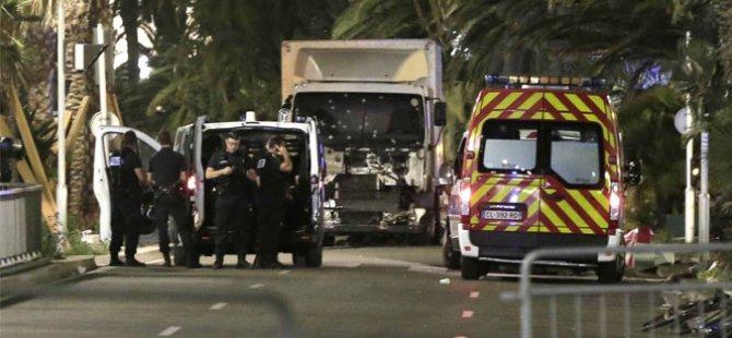 Fransa saldırganının kimliği belli oldu 84 ölü 100'den fazla yaralı