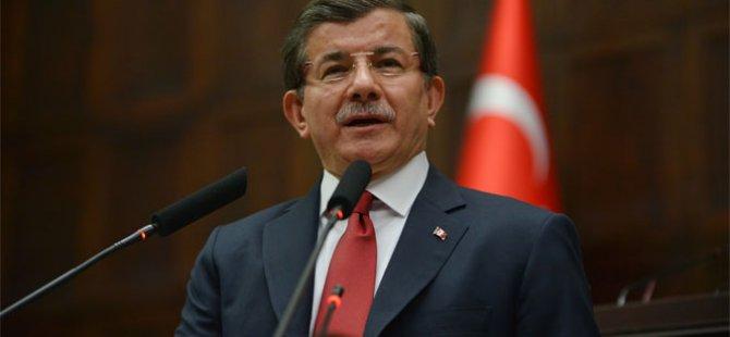 Eski Başbakan Ahmet Davutoğlu'ndan flaş açıklama