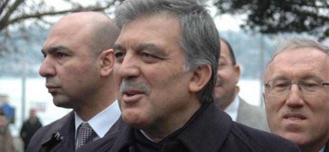 Abdullah Gül demokrasi nöbetinde