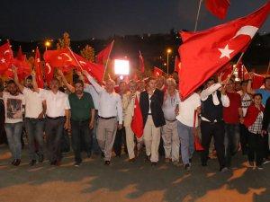 HACILAR'DA BİNLERCE VATANDAŞ DEMOKRASİ İÇİN YÜRÜDÜ