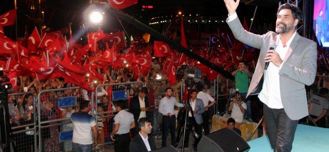 UĞUR IŞILAK KAYSERİ'DE KONSER VERDİ