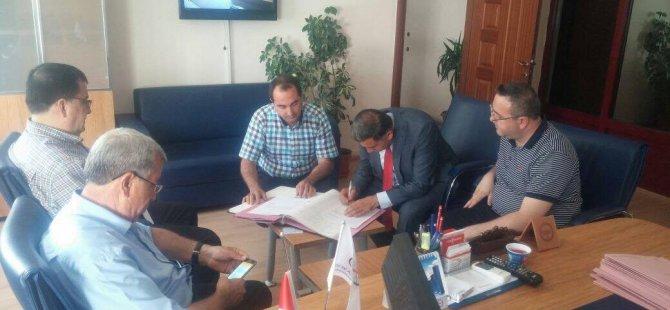 Serhat Dershanesi binası Seyrani Eğitim ve Kültür Vakfına devredildi