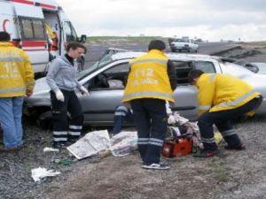 Aksaray'da trafik kazası: 3 yaralı 1 ölü