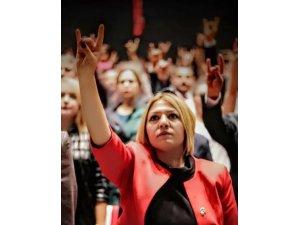 MHP Kayseri Kadın Kolları İl Başkanı Kalın'dan darbe açıklaması