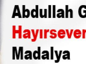 Abdullah Gül'den Hayırseverlere Madalya