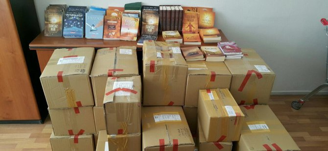 Kayseri'de 130 iş yerinde FETÖ liderine ait bin 161 materyal ele geçirildi
