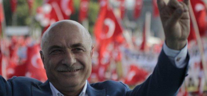 AK PARTİ MİLLETVEKLİ İSMAİL TAMER'DEN BOZKURT İŞARETİ