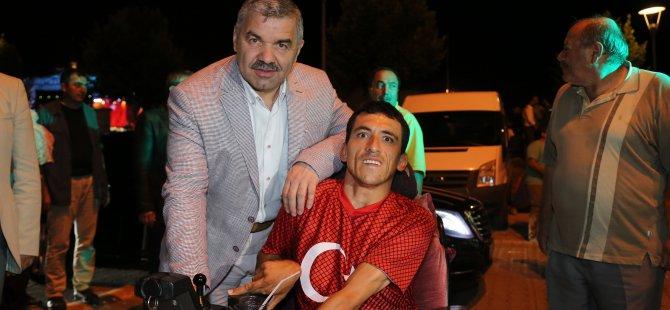 Başkan Mustafa Çelik KESİNTİSİZ NÖBETTE