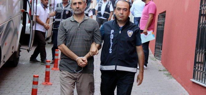 Kayseri'de FETÖ/PDY operasyonu 40 polis adliyeye çıkarıldı