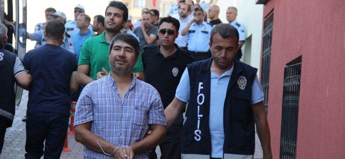 Kayseri'de FETÖ/PDY operasyonu gözaltına alınan 45 polis