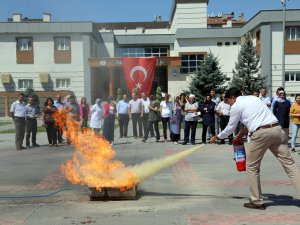 Talas Belediye personeli yangın tatbikatına katıldı