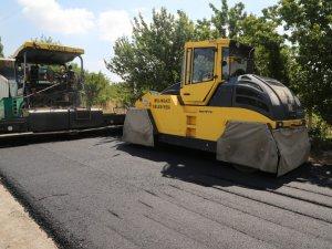 Melikgazi Eğribucak Mahallesi'nde asfaltlama çalışması