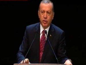Cumhurbaşkanı Erdoğan Salih Müslim'e ağzının payını verdi İzle