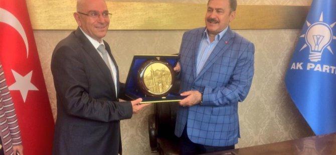 Bakan Eroğlu Kayseri teşkilatını kutluyorum