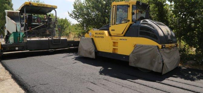 """Büyükkılıç: """"Kar yağana dek asfalt çalışmalarına devam edeceğiz"""""""