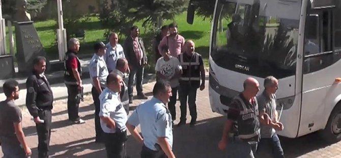 Develi'de FETÖ operasyonu 71 kişi gözaltına alındı 21 kişi tutuklandı