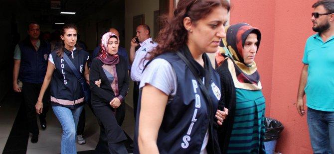 Kayseri'de FETÖ operasyonu 55 belediye personeli adliyeye çıkarıldı
