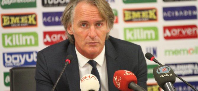 Galatasaray Teknik Direktörü Riekerink Bu sonuç bizi üzdü