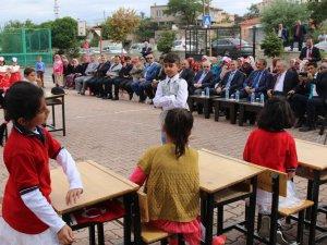HACILAR'DA EĞİTİM ÖĞRETİM HAFTASI KUTLANDI.