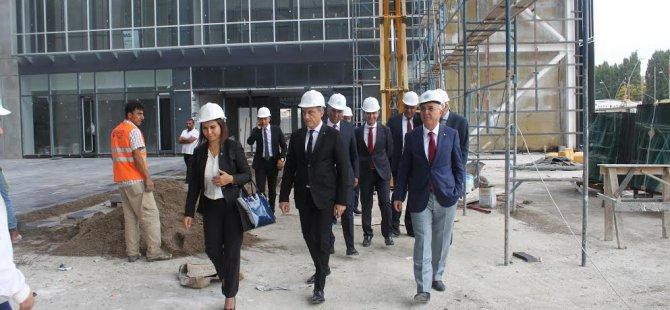Kayseri Ticaret Odası Yönetimi Banka Bölge Müdürleri İle Bir Araya  Geldi