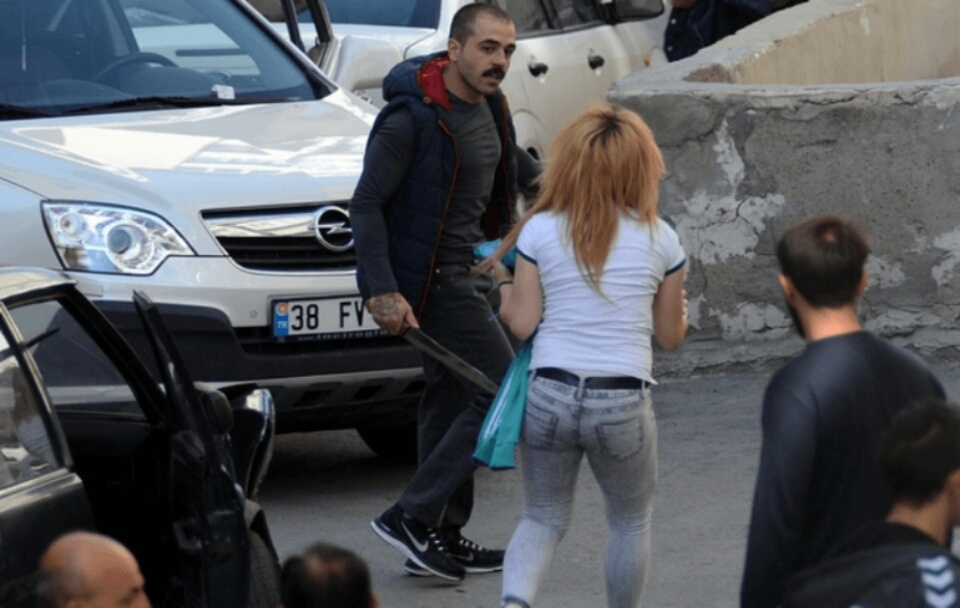 Kayseri'de Palalı Sürücü Dehşeti 18 aracı ezdi kaçtı video