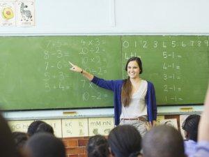 Kurtulmuş, 9 Ekim'de 20 bin öğretmen ataması yapılacağını açıkladı
