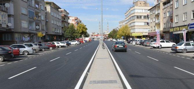 Hürriyet Mahallesinde stonmastik asfaltlı pürüzsüz yollar