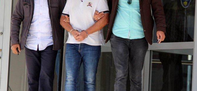 Hürriyet'te Yaşlı kadının bileziklerini gasp eden şahıs yakalandı