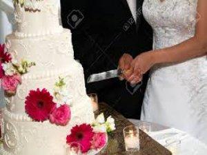 Gelinin yaptığı pasta şakası damadı çok kızdırdı