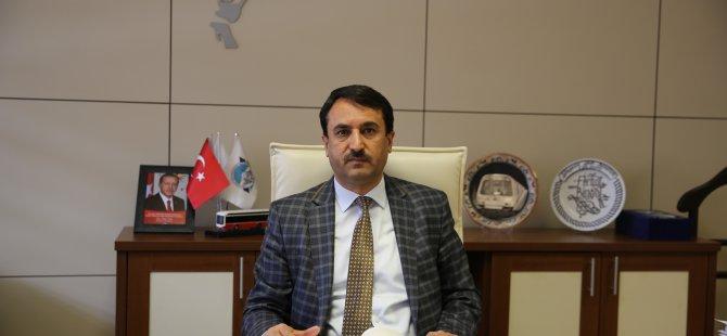 Kayseri Büyükşehir'in bayrak hassasiyeti