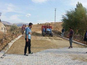Develi Köseler Mahallesinde parke yapımı